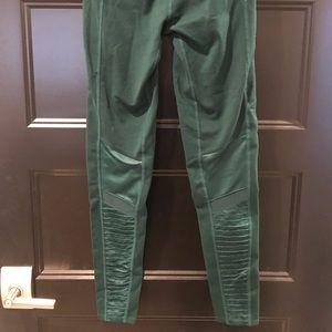 ALO Yoga Pants - Alo yoga moto legging